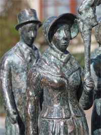 bronzefiguren-brunnenplastik